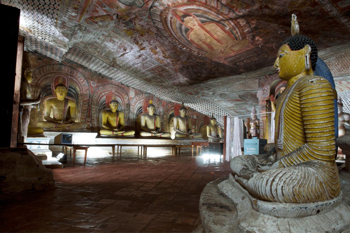 Dambulla Cave Statues