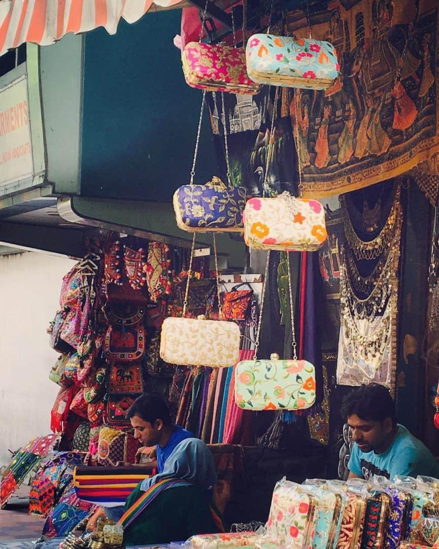Delhi Street Shopping Best Bazaars For Budget Spending