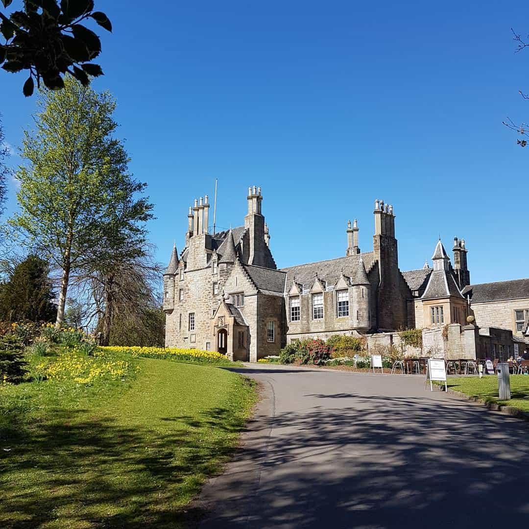 castles in edinburgh