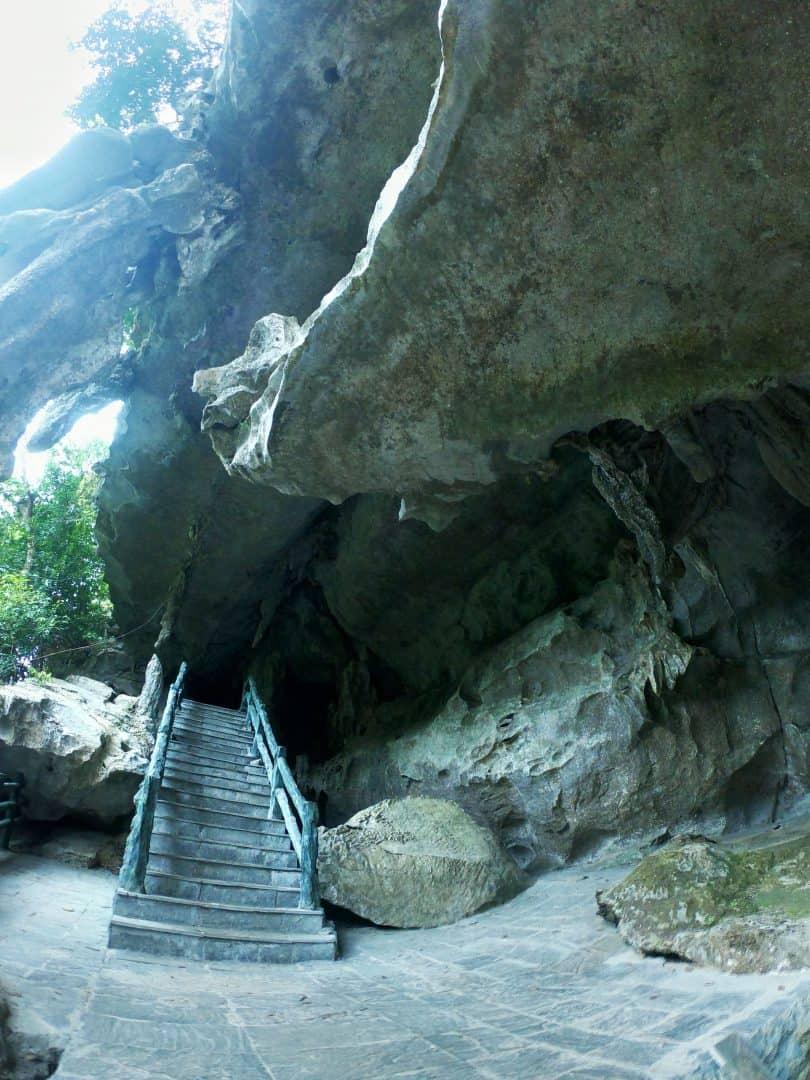 Trung Trang Caves