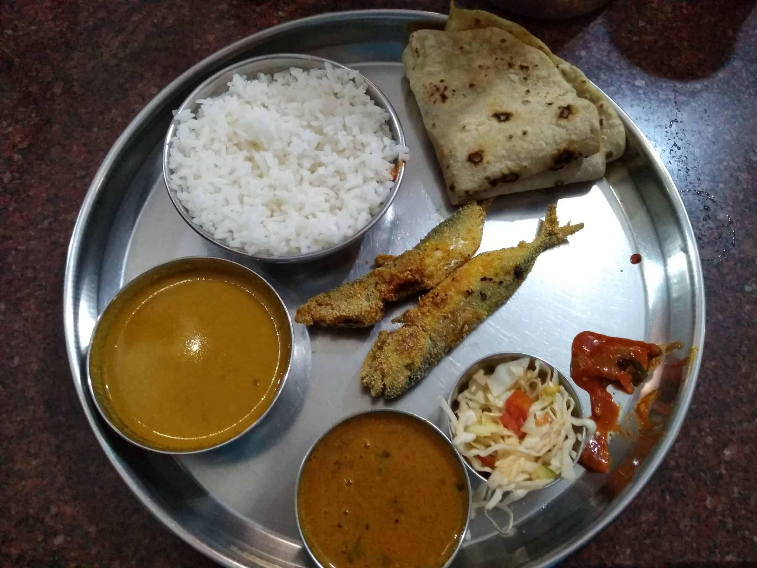 Goa fish thali
